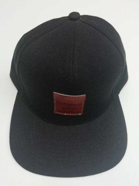 Snapback Cap schwarz